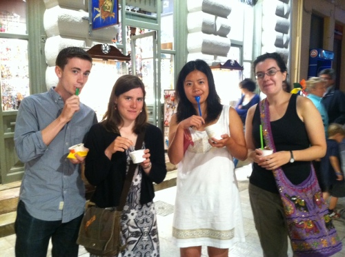 Brett, Laurel, Zhenwei, and Catherine D. go for their second round, fourth for some, of gelato after dinner.
