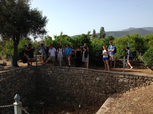 The group learns about the remains of a middle Neolithic period building (ca. 5800-5200 B.C.) at Lerna that excavators found underneath the EH II remains.  It appears that people lived at Lerna for 30,000 or 40,000 years!
