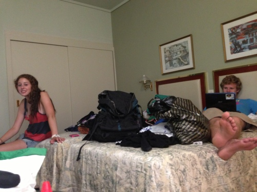 Laura, Cam and Hunter finally get into their room, Horary!!!